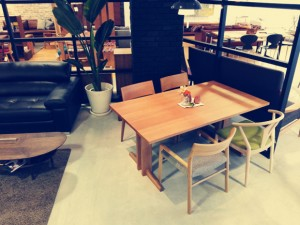 Forms  U-type Dining Table